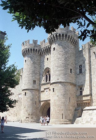 Medieval City of Rhodes, Greece: Entrance gate to the Grand Master's Palace