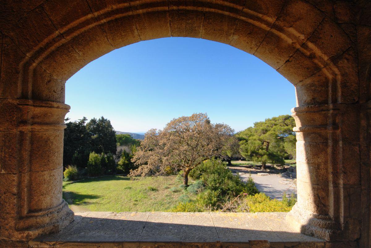 Ancient Ialyssos (Ialysos) © Rhodes Guide / RhodesGuide.com
