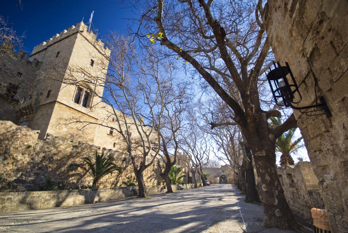 Rhodes Medieval Town © Rhodes Guide / RhodesGuide.com