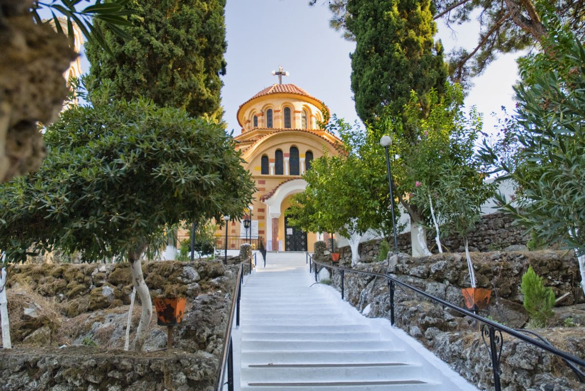 Holy Monastery of Saint Nektarios of Kryoneri © Rhodes Guide / RhodesGuide.com