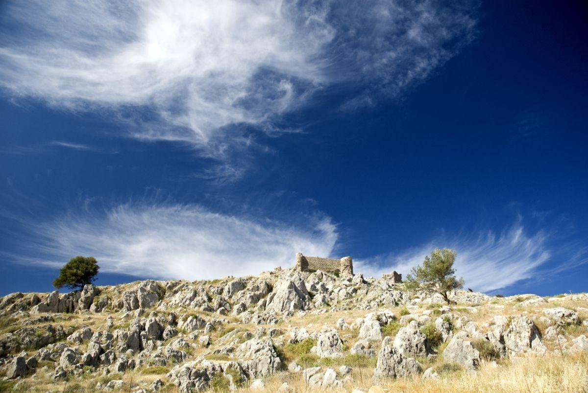 Feraclos (Feraklos) Castle © Rhodes Guide / RhodesGuide.com