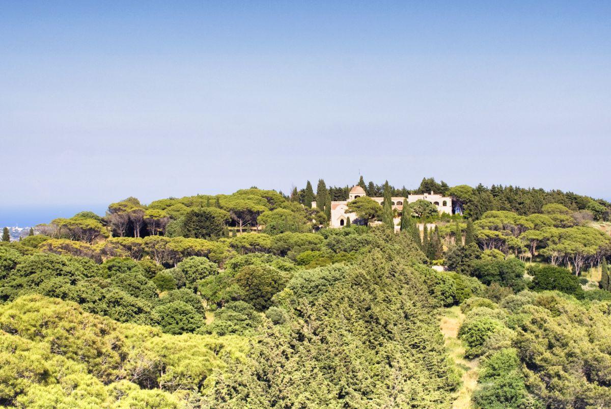 Filerimos byzantine monastery & castle © Rhodes Guide / RhodesGuide.com