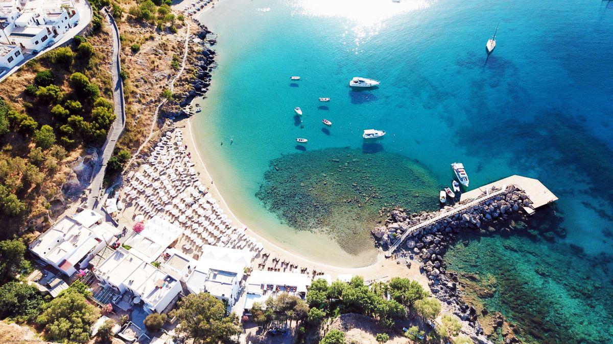 Lindos Beach © Rhodes Guide / RhodesGuide.com