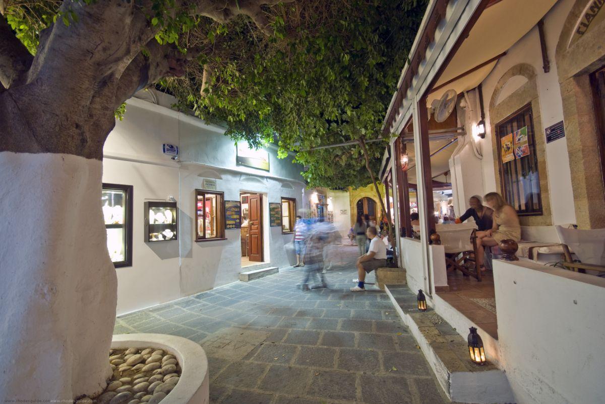 Lindos © Rhodes Guide / Spyros Spyropoulos