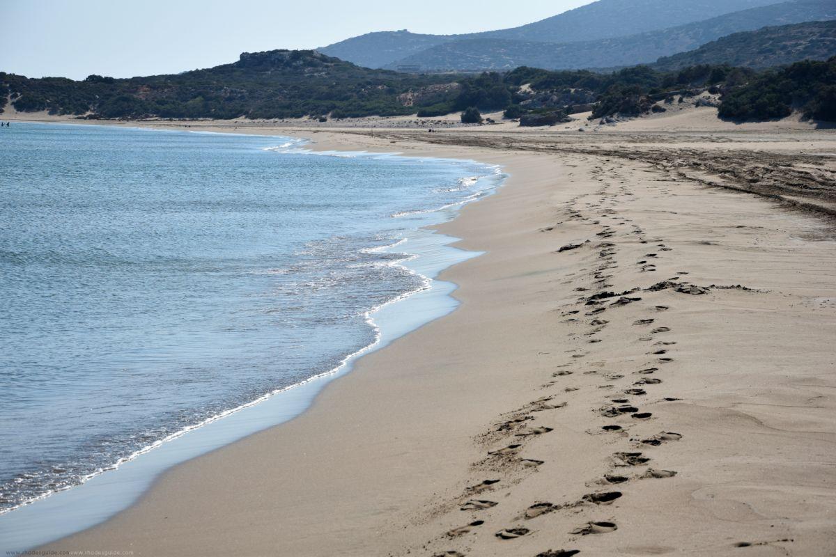 Agios Georgios Beach © Rhodes Guide / RhodesGuide.com