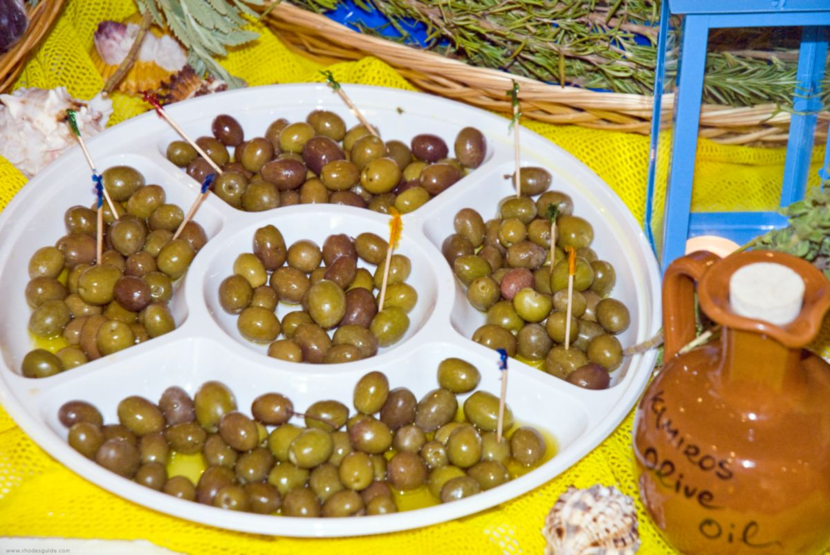 Food in Rhodes: Gastronomy & traditional diet ©